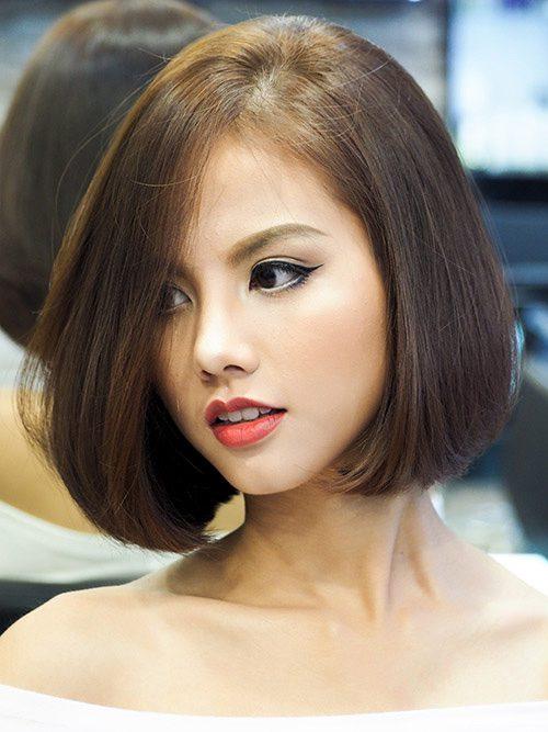 Tóc bất cân xứng che khuyết điểm cho khuôn mặt mũm mĩm