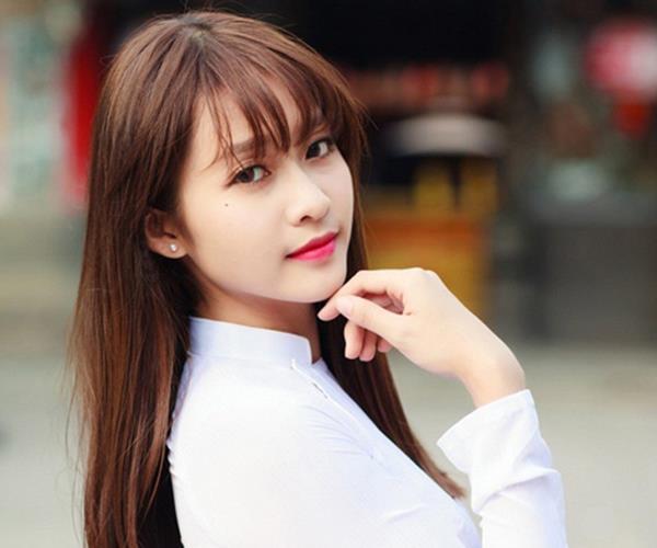 Kiểu Tóc mái lưa thưa kiểu Hàn Quốc cho nữ mặt tròn