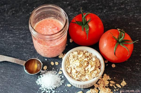 Da mặt trắng với kem dưỡng từ cà chua + sữa chua + bột yến mạch