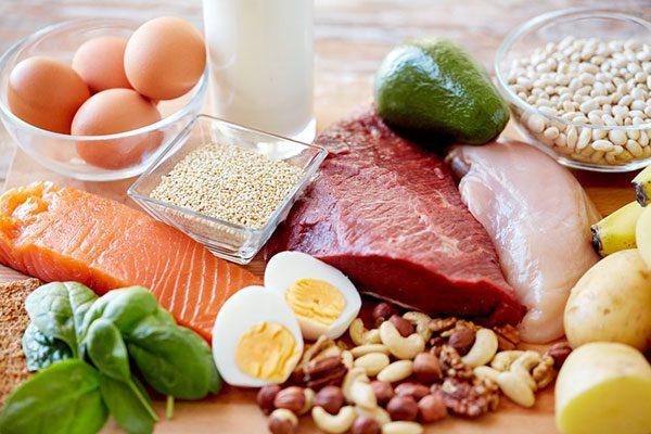 ăn đồ ăn protein để giảm cân